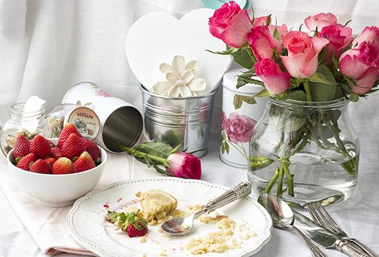 Roses & Strawberries